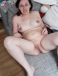 Filthy mature girlfriend is getting nude